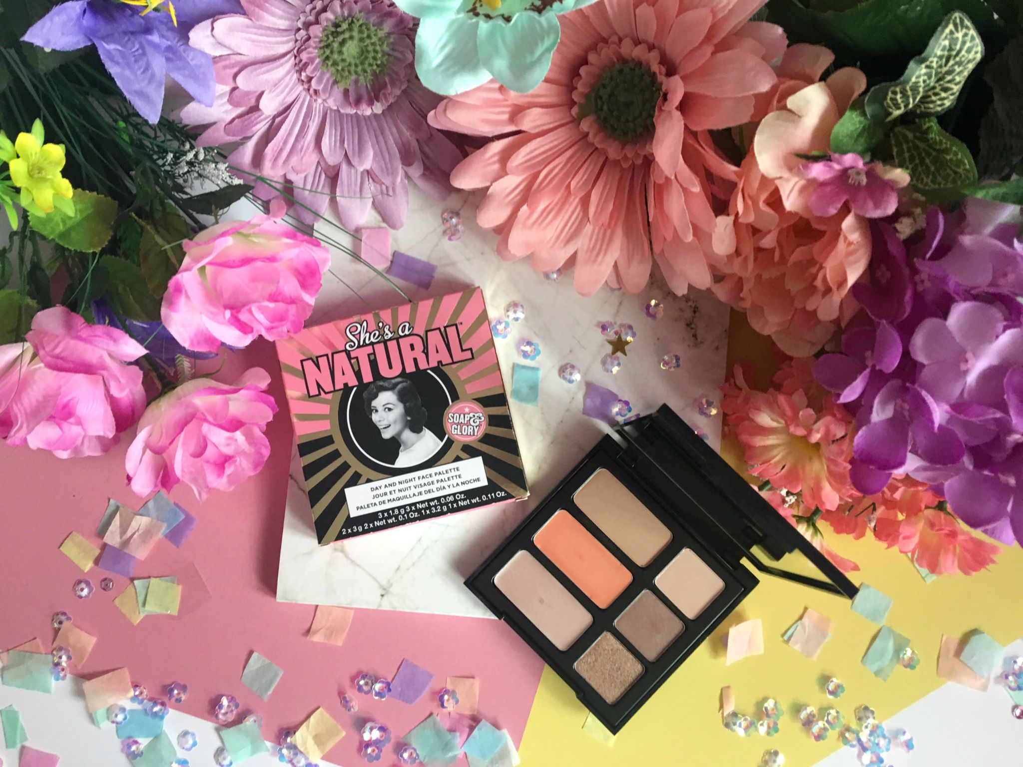 Soap & Glory She's A Natural Day To Night Face Palette