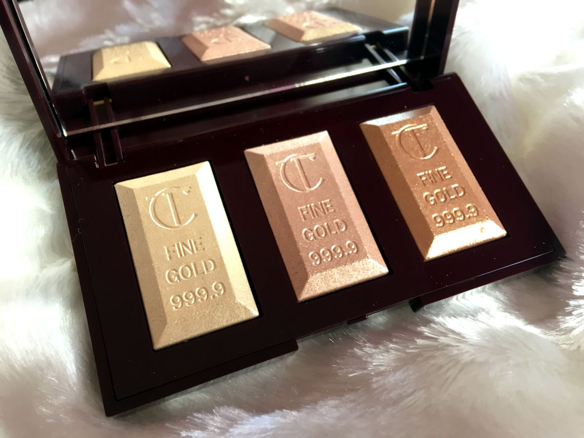Charlotte Tilbury Bar of Gold Palette + SWATCHES